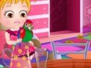 Baby Hazel ingrijeste papagalul