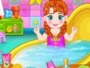 Baby Anna Pregatire pentru Carnaval