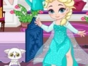 Baby Elsa invata sa schieze