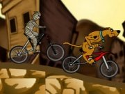 Cursa Scooby Doo si fantoma pe bicicleta