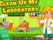 De facut curatenie in laboratorul de chimie