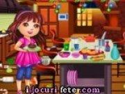 Dora face curat in bucatarie de Craciun