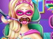 Super Barbie la Dentist