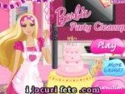 Curatenie in casa lui Barbie inainte de petrecere