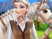 Elsa ingrijeste caii de la ferma